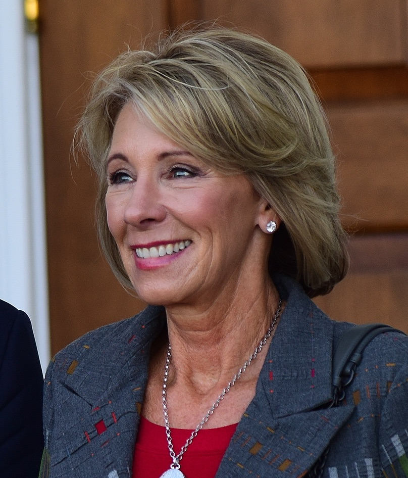 betsy devos - photo #6